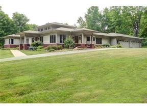 Property for sale at 9960 Rosewood Drive, Chardon,  Ohio 44024