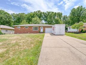 Property for sale at 2450 S Mary Lane, Seven Hills,  Ohio 44131