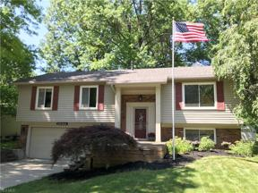 Property for sale at 26944 Oxford Park Lane, Olmsted Township,  Ohio 44138