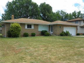 Property for sale at 5667 Pinnacle Park Drive, Seven Hills,  Ohio 44131