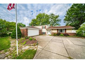 Property for sale at 6584 Louann Drive, North Olmsted,  Ohio 44070