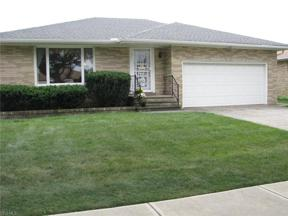 Property for sale at 9961 Shady Lane, Brooklyn,  Ohio 44144