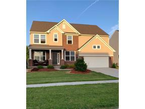 Property for sale at 1389 Muirwood Drive, Brunswick,  Ohio 44212