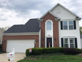 Property for sale at 8573 Bentley Drive, Olmsted Falls,  Ohio 44138