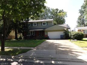 Property for sale at 341 Wallace Drive, Berea,  Ohio 44017