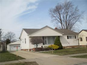 Property for sale at 1772 Crestwood Road, Mayfield Heights,  Ohio 44124