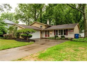 Property for sale at 28096 Edgepark Drive, North Olmsted,  Ohio 44070