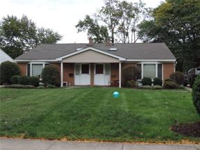 Property for sale at 3665-3667 Beaumont Drive, North Olmsted,  Ohio 44070