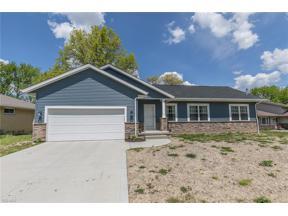 Property for sale at 4001 Magnolia Drive, Brunswick,  Ohio 44212