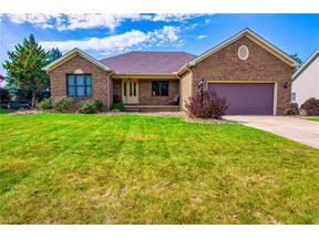 Property for sale at 598 Montgomery Drive, Brunswick,  Ohio 44212