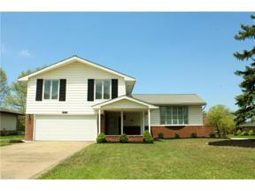 Property for sale at 1001 Longridge Drive, Seven Hills,  Ohio 44131