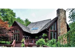 Property for sale at 825 Sun Ridge Lane, Chagrin Falls,  Ohio 44022