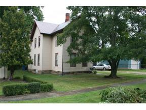 Property for sale at 966 Chestnut Street, Grafton,  Ohio 44044