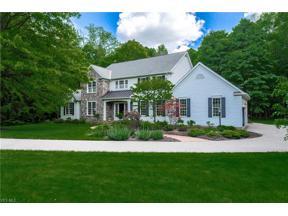 Property for sale at 290 Grey Fox Run, Bentleyville,  Ohio 44022