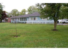 Property for sale at 1008 N Pasadena Avenue, Elyria,  Ohio 44035
