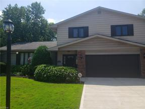 Property for sale at 5348 Blue Bell Drive, Lyndhurst,  Ohio 44124