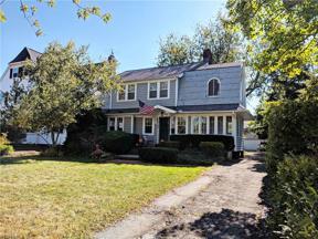 Property for sale at 16107 Lake Avenue, Lakewood,  Ohio 44107