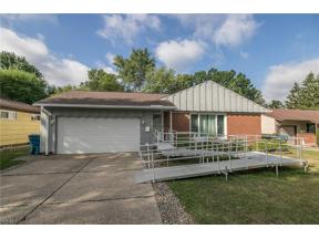Property for sale at 6664 Rochelle Boulevard, Parma Heights,  Ohio 44130