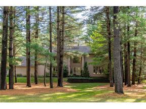 Property for sale at 10 E Juniper Lane, Moreland Hills,  Ohio 44022