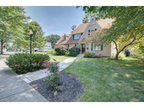 Property for sale at 222 Westbridge Drive, Berea,  Ohio 44017