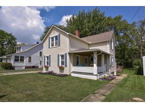 Property for sale at 62 W 5th Avenue, Berea,  Ohio 44017