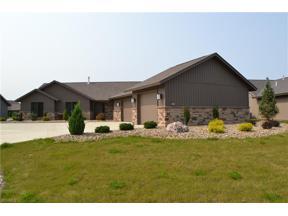 Property for sale at 33014 Meadows Edge Lane, North Ridgeville,  Ohio 44039