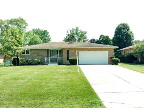 Property for sale at 5746 Darrow Drive, Seven Hills,  Ohio 44131
