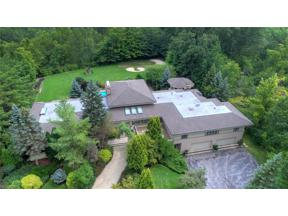 Property for sale at 100 Mountain View Drive, Moreland Hills,  Ohio 44022