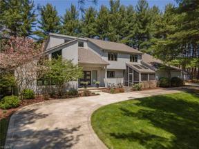Property for sale at 35 E Juniper Lane, Moreland Hills,  Ohio 44022