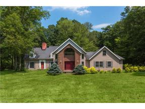 Property for sale at 29399 N Hilltop Road, Chagrin Falls,  Ohio 44022