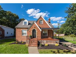 Property for sale at 22090 Macbeth Avenue, Fairview Park,  Ohio 44126