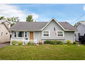 Property for sale at 4283 Brockley Avenue, Sheffield Lake,  Ohio 44054