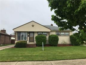Property for sale at 4741 Autumn Ln, Brooklyn,  Ohio 44144