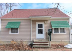 Property for sale at 957 Warwick Drive, Sheffield Lake,  Ohio 44054