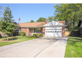 Property for sale at 11132 Lawndale Drive, Parma Heights,  Ohio 44130