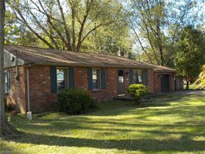 Property for sale at 826 Lafayette Boulevard, Sheffield Lake,  Ohio 44054