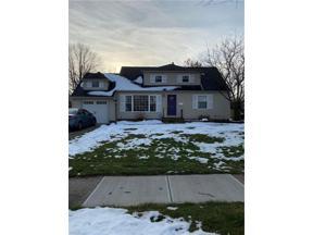 Property for sale at 5250 Longton Road, Lyndhurst,  Ohio 44124