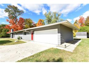 Property for sale at 6611 Hawthorne Drive, Brecksville,  Ohio 44141