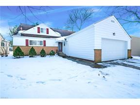 Property for sale at 5212 Thornbury Road, Lyndhurst,  Ohio 44124