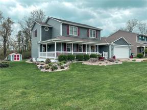 Property for sale at 4196 Canterbury Drive, Brunswick,  Ohio 44212
