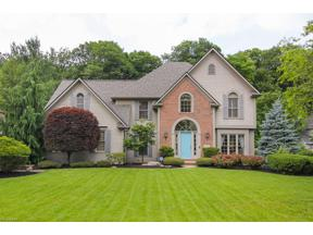Property for sale at 30370 Oakwood Circle, North Olmsted,  Ohio 44070