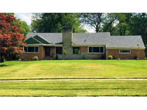 Property for sale at 382 Chestnut Road, Seven Hills,  Ohio 44131