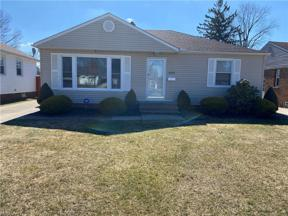 Property for sale at 11531 Blossom Avenue, Parma Heights,  Ohio 44130
