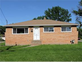 Property for sale at 6401 Scott Drive, Brook Park,  Ohio 44142
