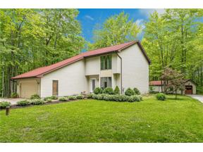 Property for sale at 8445 Woodhill Drive, Chardon,  Ohio 44024