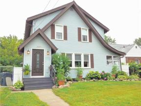 Property for sale at 3025 Hudson Drive, Cuyahoga Falls,  Ohio 44221