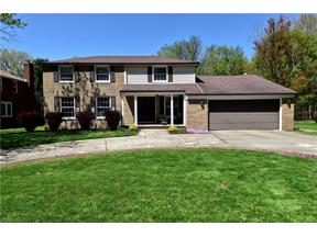 Property for sale at 9346 Greenbriar Drive, Parma Heights,  Ohio 44130
