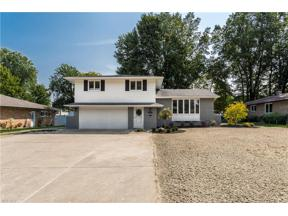Property for sale at 1000 E Decker Drive, Seven Hills,  Ohio 44131