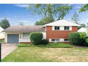 Property for sale at 11101 Appleton Drive, Parma Heights,  Ohio 44130