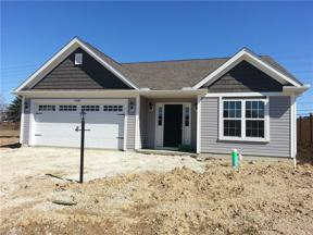 Property for sale at 27264 N Emerald Oval, Olmsted Township,  Ohio 44138